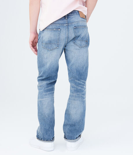 Relaxed Light Wash Jean***