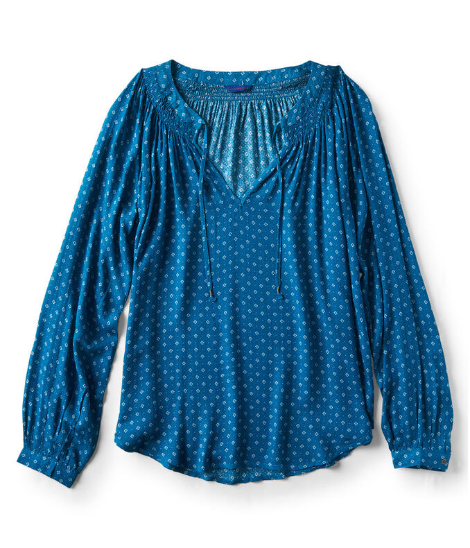 Long Sleeve Diamond Tie-Front V-Neck Top