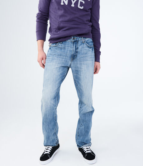 Relaxed Light Wash Jean