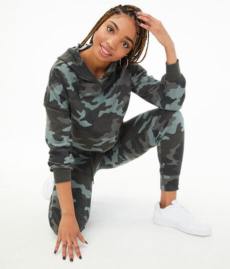 Camo Cinched Cropped Pullover Hoodie***