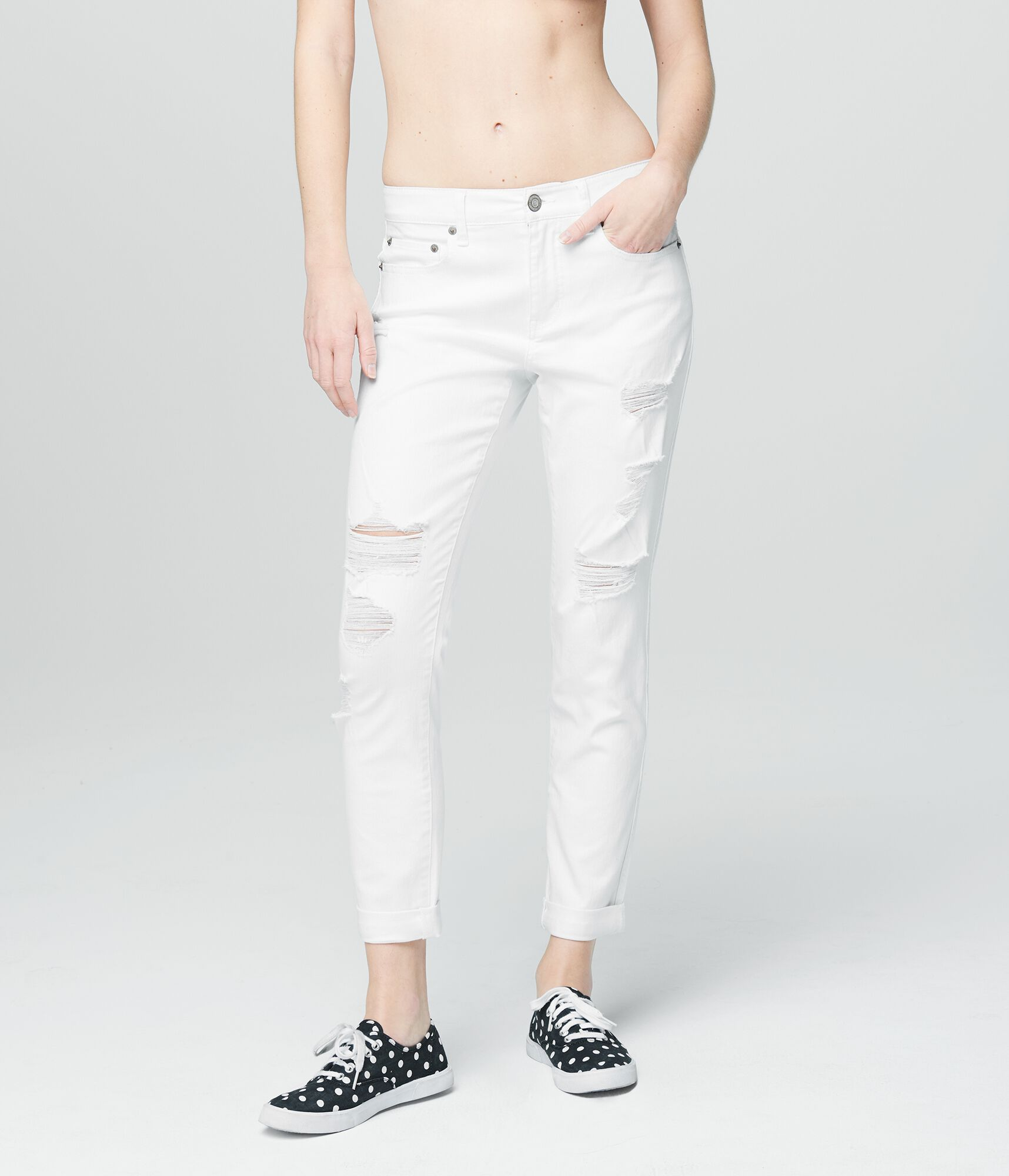 785c0305fdbe8 Destroyed White Jeans - Girlfriend Jeans