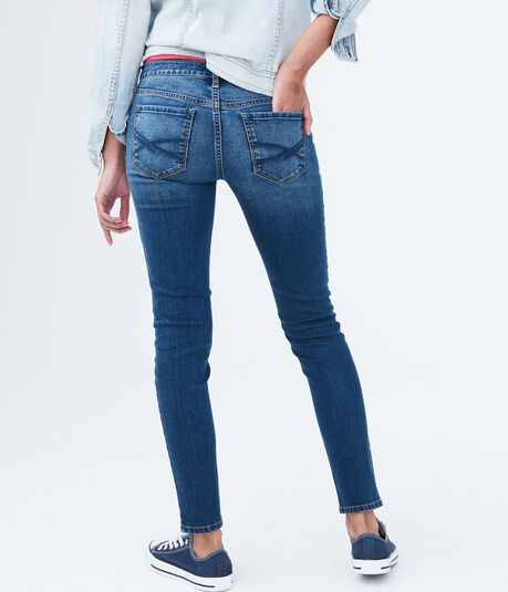 Seriously Stretchy Low-Rise Medium Wash Jegging