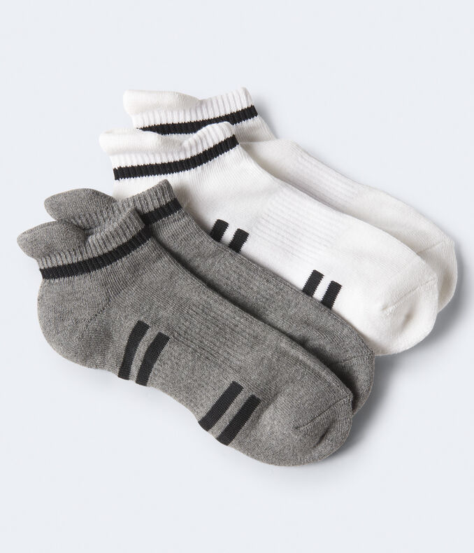2 Pack Thin Stripe Athletic Socks by Aeropostale