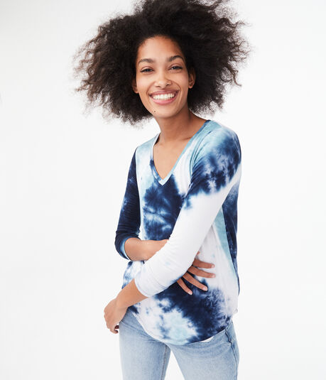 Long Sleeve Tie-Dye V-Neck Tee