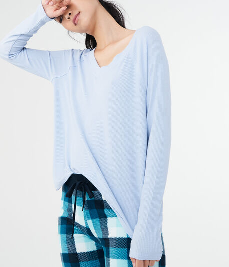 LLD Long Sleeve Solid Rib-Knit V-Neck Tee