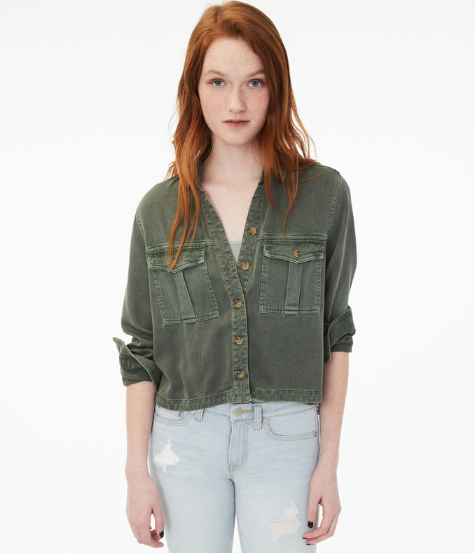 Long Sleeve Cropped Button-Down Shirt